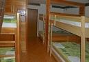 05-deset-postelna-soba_s